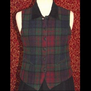 ERIKA CLASSICS VTG wool blend green plaid vest S